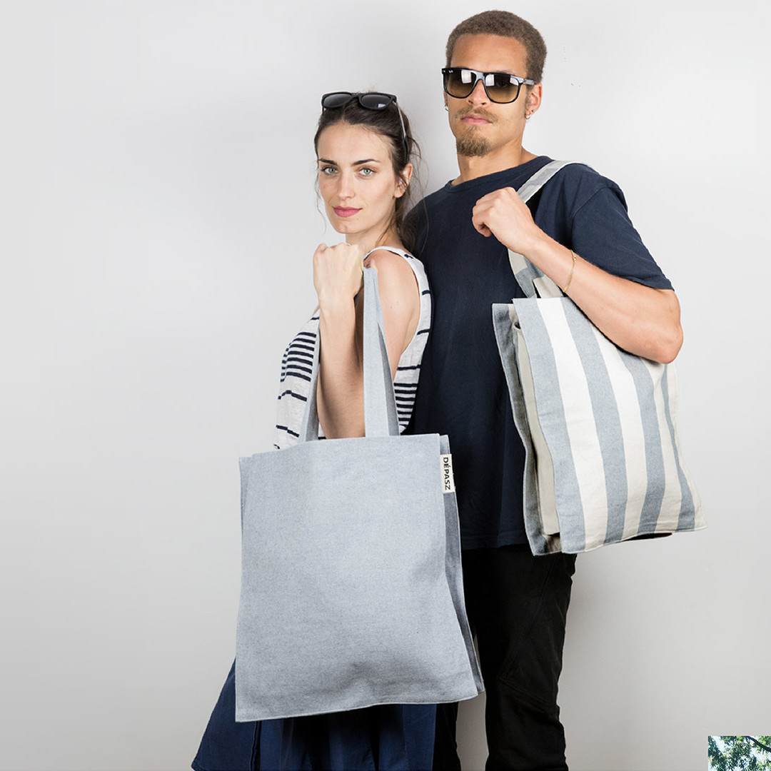 The New Recycled Denim Shopper Bag, Dépasz